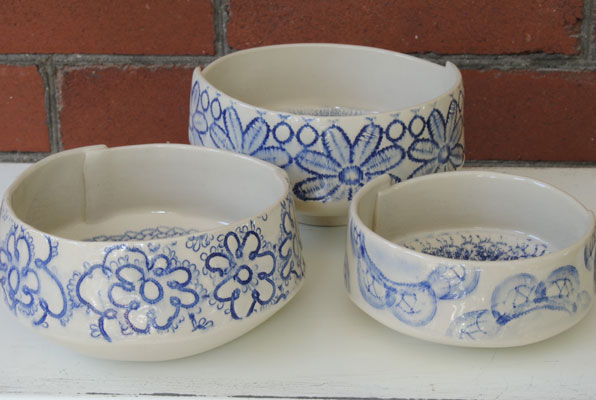 3 Small Round Lace Bowls